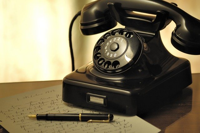 電話と手紙